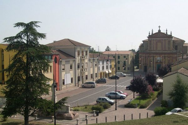 06_piazza_matteotti occhiobello